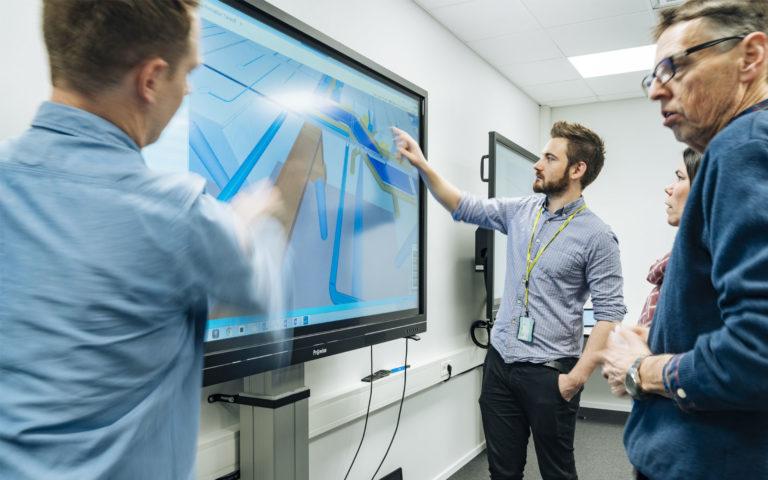Skanska bygger Norge med Prowise interaktive skjermer